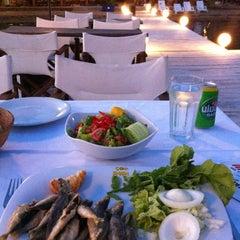 Photo taken at Pinar Otel beach club by 🐂Murat🐂 on 6/9/2012