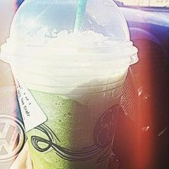 Photo taken at Starbucks by Prisciℓℓaaah! on 7/28/2015