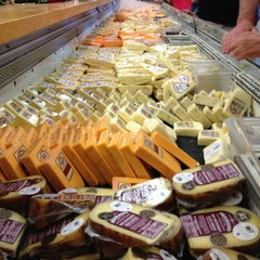 Photo taken at Sonoma Cheese Factory by Nhat T. on 5/26/2013