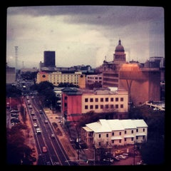 Photo taken at Sheraton Austin Hotel At The Capitol by eliztesch on 3/8/2013