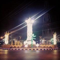 Photo taken at หอนาฬิกาเมืองมหาสารคาม (Maha Sarakham Clock Tower) by Beer U. on 1/6/2014