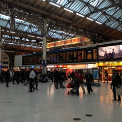 Photo taken at London Victoria Railway Station (VIC) by Shoko on 11/29/2012