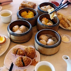Photo taken at Yuan Garden Dim Sum House by Amanda C. on 1/23/2015