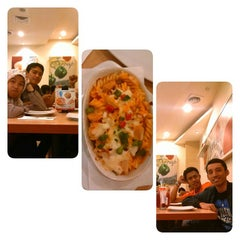 Photo taken at Pizza Hut by Iwan T. on 9/8/2014