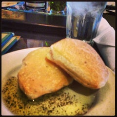 Photo taken at Cosi Cucina Italian Grill by Lizzy S. on 8/15/2013