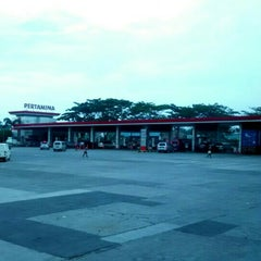 Photo taken at Rest Area KM 14 (Pinang Point) by Dimas F. on 12/3/2015