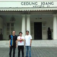 Photo taken at Museum Gedung Joang '45 by Dimas F. on 6/28/2015