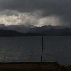 Photo taken at Pantai Amahami by Ulixz R. on 3/4/2014