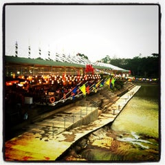Photo taken at Ah Poong (Pasar Apung Sentul City) by Agstn R. on 3/6/2013
