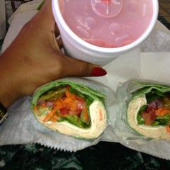Photo taken at Power Smoothie by Laeann A. on 10/6/2012