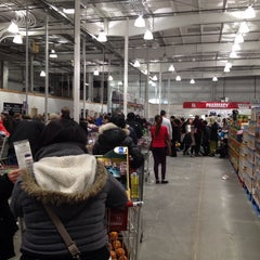 Photo taken at Costco by Nichol W. on 12/24/2013
