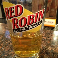 Photo taken at Red Robin Gourmet Burgers by Allison F. on 3/14/2013