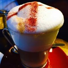 Photo taken at Café le Soufflot by Vickie L. on 2/16/2015