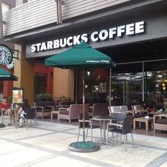 Photo taken at Starbucks (สตาร์บัคส์) by Sagun K. on 10/26/2012
