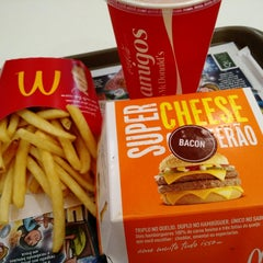 Photo taken at McDonald's by Celso M. on 1/16/2015