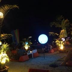 Photo taken at Phangan Bayshore Resort by bowie b. on 9/9/2014