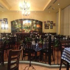 Photo taken at Italianni's by Raquel on 6/25/2013