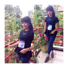 Photo taken at Universitas Hasanuddin by Grace F. on 4/7/2015