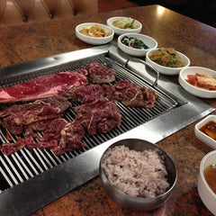 Photo taken at Fresh Korean B.B.Q. by Harry L. on 10/10/2012