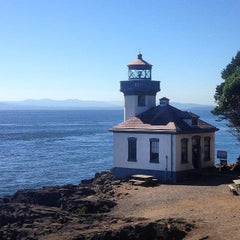 Photo taken at Lime Kiln Point State Park by Vinostomper on 7/16/2014