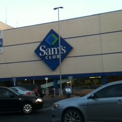 Photo taken at Sam's Club by Luis E. M. on 10/19/2012
