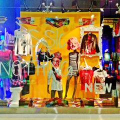 Photo taken at Desigual Bluemall by Laura M. on 8/20/2013
