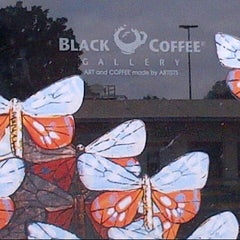 Photo taken at Black Coffee Gallery by Sergio Garval by Fredo E. on 9/30/2012