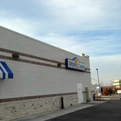 Photo taken at White Castle by Jason H. on 11/18/2012