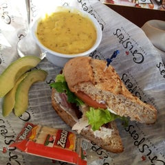 Photo taken at Crispers Fresh Salads, Soups and Sandwiches by Nijoty A. on 2/13/2014