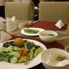 Photo taken at shaanxi business hotel by K M. on 11/29/2012