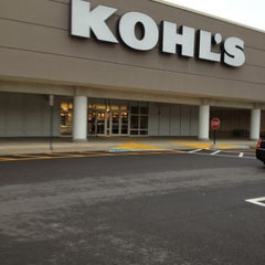 Photo taken at Kohl's by Laura A. on 10/9/2012