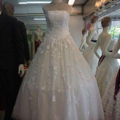 Photo taken at ร้านคุณน้อง Wedding & Studio มหาชัย สมุทรสาคร by iSapphawat on 7/13/2012