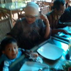Photo taken at Bale Raos by abdilah g. on 1/1/2012