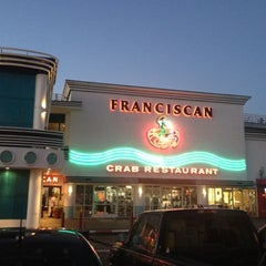 Photo taken at The Franciscan Crab Restaurant by Justin D. on 9/10/2012