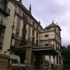 Photo taken at Hotel Alfonso XIII by Amaya R. on 6/21/2012