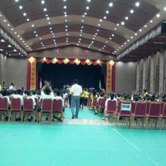 Photo taken at 崇文三语附属 Sekolah Nasional Plus Cinta Budaya by Liefong L. on 11/25/2011