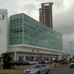 Photo taken at Vivendi Américas by ONeZetty on 12/20/2011