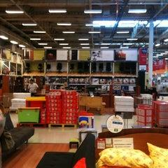 Photo taken at Homecenter Sodimac by Benja on 1/28/2012