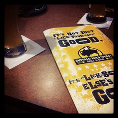 Photo taken at Buffalo Wild Wings by Steven P. on 11/19/2011