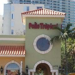 Photo taken at Pollo Tropical by Elio N. on 2/23/2012