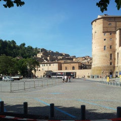 Photo taken at Borgo Mercatale by Luana P. on 5/10/2012