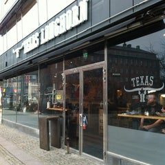 Photo taken at Texas Longhorn by Thomas F. on 12/28/2011