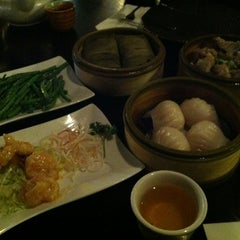 Photo taken at O'Asian Kitchen by Jee Eun P. on 2/12/2012