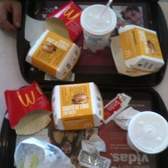 Photo taken at McDonald's by Freddy A. on 7/31/2012