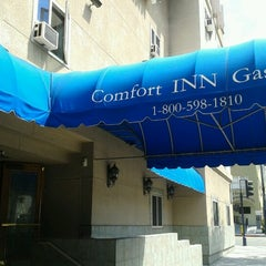 Photo taken at Comfort Inn Gaslamp by ELENA on 9/5/2012