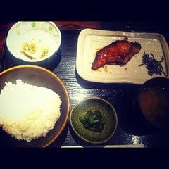 Photo taken at 藩 銀座インズ店 by Jun on 8/3/2012