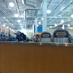 Photo taken at LA Fitness by Stephen on 9/26/2013