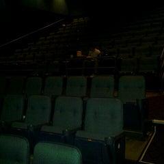 Photo taken at Showcase Warwick Mall by kluzter b. on 10/17/2012