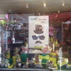 Photo taken at Chocolaterie De Neuville by Luc F. on 6/17/2015