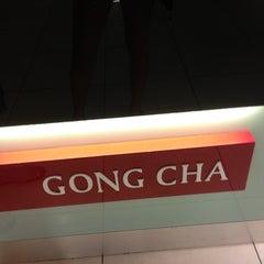 Photo taken at Gong Cha 贡茶 by ƧυᎶar® on 3/27/2013